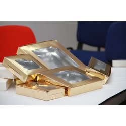Hotpack 250-Piece Aluminium Sweet Box With Window Gold 25x 10 centimeter