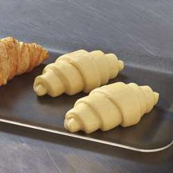 Pristine Frozen Croissants Cheese Akawi with Butter Proofed (100x30g)